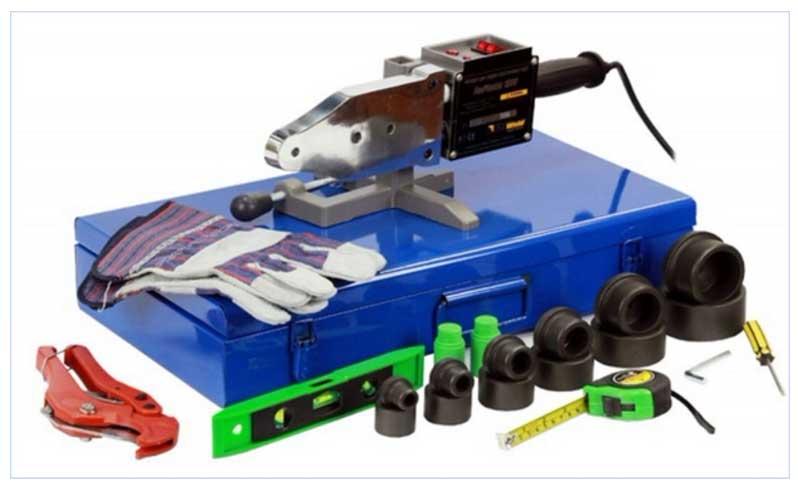Комплект для пайки ПП труб в чемодане