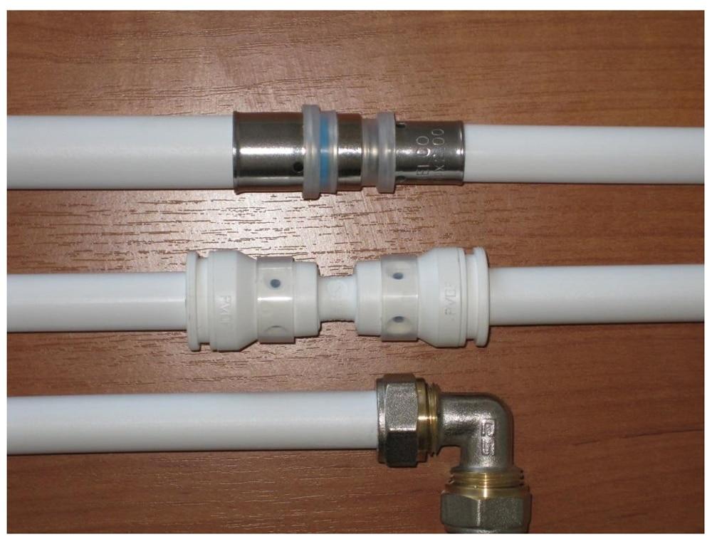 Виды фитингов для монтажа металлопластиковых труб.